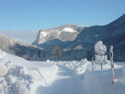 Weg Sachrang Winter